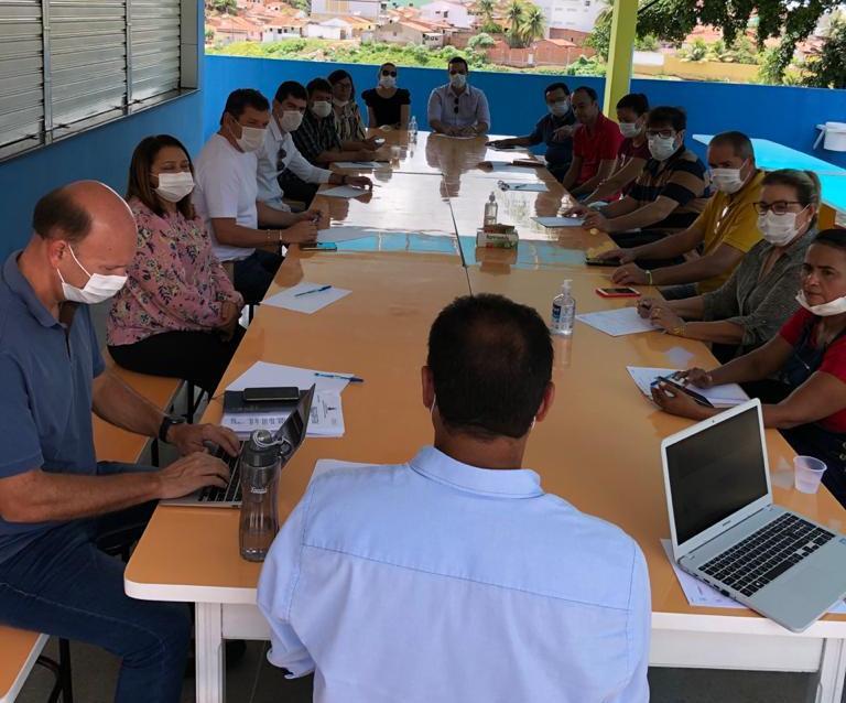 Prefeito Sobrinho e outros prefeitos da região reúne-se para debater a crise do Coronavírus